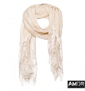 Een prachtige linnen sjaal met kant aan de uiteinden.