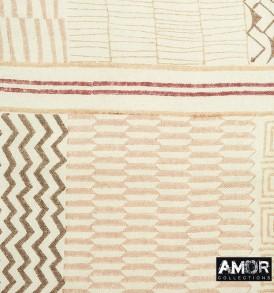Detial foto van deze mooie shawl van wol en zijde met een Aztec printje. Leuk te combineren met Beige, Bruin en Ecru.
