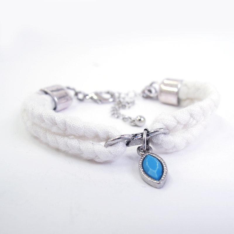 Braided bracelet - white