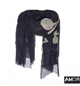 AM751, aqua wol met borduursel van mohair poppetjes.