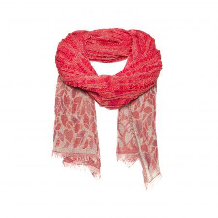 sjaal met rode bloemen