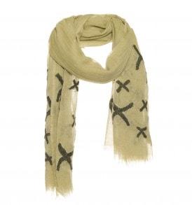 Een prachtige wollen sjaal met kruisjes borduursel in de kleur olijf.