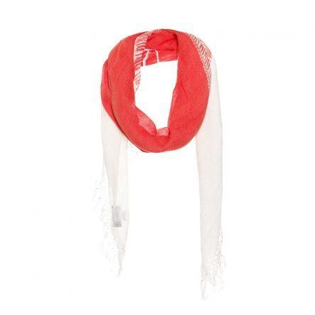 Sjaal met een sjaal op een sjaal print