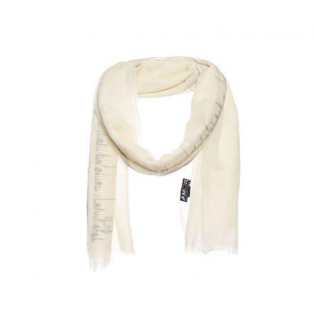 Witte zomer wollen sjaal met borduursel